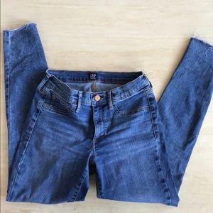 GAP Favorite Jegging skinny jeans 27